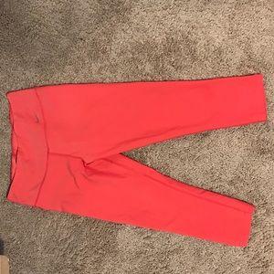 Nike Coral cropped leggings